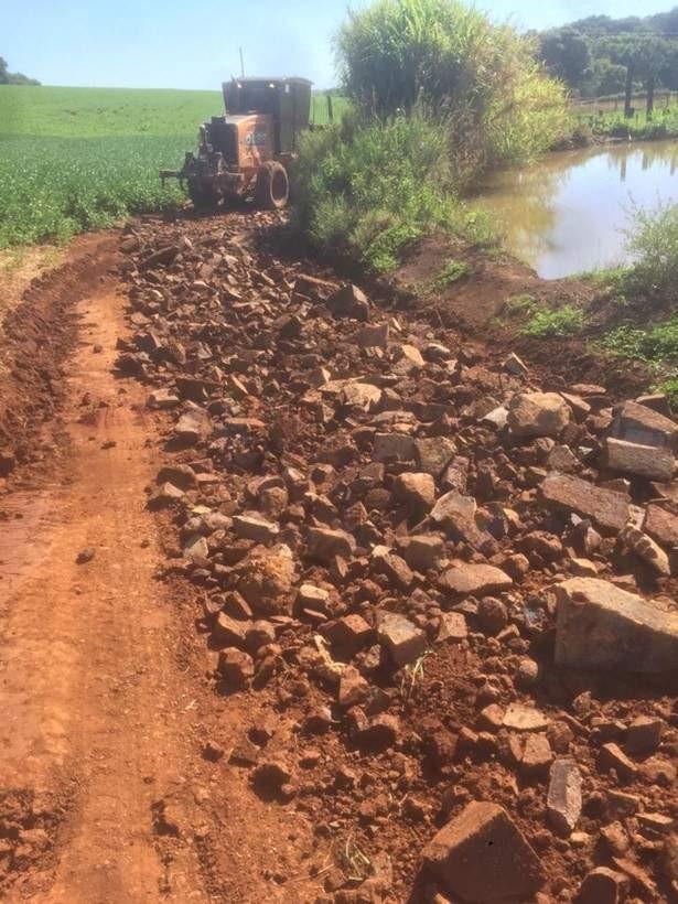 Secretaria de Obras executou melhorias em estradas